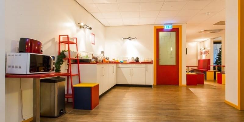 budgett-hostel-gezamelijke-keuken